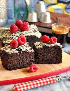 Fuss Free Cooking: Raspberry, Coffee & Dark Chocolate Brownies with White Chocolate Drizzle featuring Nespresso Cioccorosso