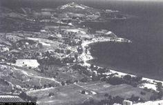 La plaine de Chapuis et les plages vers la presqu'île du Cap de Garde (fin 1950). Source image : Paule Piro - De Bône à Annaba.