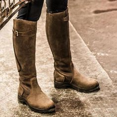 Women Daily Casual Slip on Knee High Riding Boots Flat Boots, Knee High Boots, Shoe Boots, Shoes Sandals, Equestrian Outfits, Equestrian Style, Vintage Boots, Low Heels, Leather Boots