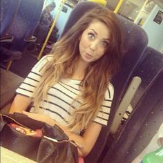 Dip dye Zoella love her hair. Absolutely love her hair! Zoella Hair, Zoella Beauty, Hair Beauty, Brown To Blonde, Blonde Ombre, Brown Hair, Hair Inspo, Hair Inspiration, Fashion Inspiration