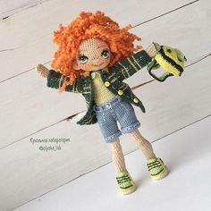 Куколка Ульянка Рыжик , конопатое чудо , веселая , жизнерадостная девочка имя подходящее нашлось Спасибо всем за подсказки ! Рост 18 см Кеды, рубашка, шорты снимаются, есть рюкзак Стоять может самостоятельно в обуви Свободна , Ищет дом doll available , for sale ______________________________ ✔️sold out / продана #olyaka_lab #кукольнаялабораторияоля_ка