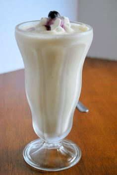 Creamy Vanilla Custard Shake - Deep S or add berries or additional ingredients for Light S/Heavy S