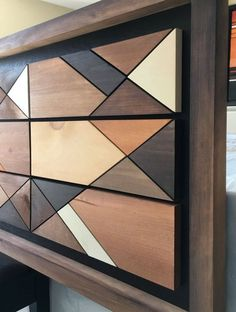 Use for discontinued stain samples Wooden Wall Decor, Wooden Wall Art, Wooden Walls, Woodworking Projects Diy, Diy Wood Projects, Wood Crafts, Intarsia Holz, Wood Mosaic, Pallet Art
