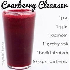 How to make detox smoothies. Do detox smoothies help lose weight? Learn which ingredients help you detox and lose weight without starving yourself. Smoothie Detox, Juice Smoothie, Smoothie Drinks, Detox Drinks, Cleanse Detox, Detox Juices, Diet Detox, Stomach Cleanse, Kidney Cleanse