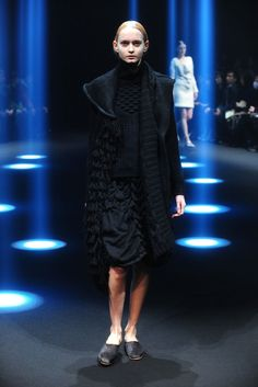 Motohiro Tanji Tokyo Fall 2015 - Collection - Gallery - Style.com