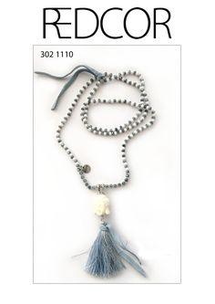 Redcor Kette mit Liebe von Hand gefertigt! - Buddha, Quaste, Perlen
