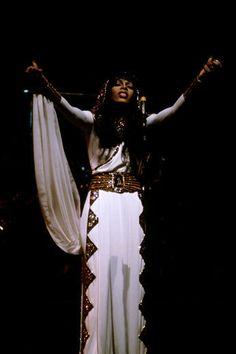 Donna Summer: Dim The Lights