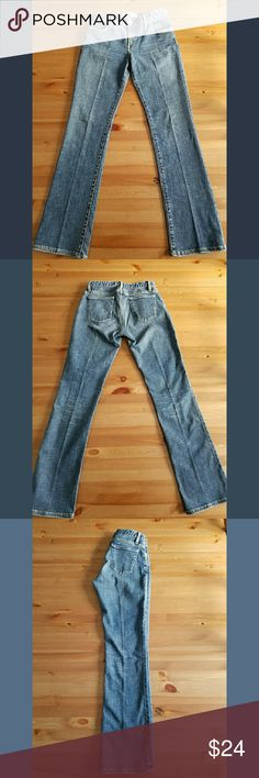 """Paper Denim Cloth 2 Year Stretch Bootcut SZ 28 Paper Denim and Cloth for Anthropologie Two Year Stretch Boot cut jean in size 28, cotton/lycra blend in perfect condition. 39.5"""" length, 31"""" inseam, 14"""" across waist, 9"""" rise. Medium blue wash. Anthropologie Jeans Boot Cut"""