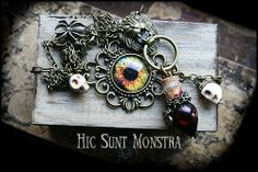 Set with #wooden box + #necklace which smells of #voodoo, #dark atmosphere, #magic and ancient #haunted places.   https://www.facebook.com/hicsuntmonstra