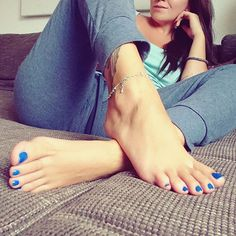 #Feet #Foot #Sexy #Hot #Yummy #Toes #YummyToes #Lovely #soles #FootLover #BeautifulFeet #Anklet #LongFeet #LongFoot #LongToes #FeetPorn #Arches #Basic #Delicious #FootFetish #FeetFetish #BareFoot #Lickit #Worship #Legs #Leg #Jeans