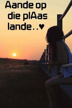 aande op die plaas lande Farm Quotes, Qoutes, Funny Quotes, Cowgirl Secrets, Afrikaanse Quotes, Relationship Texts, My Land, Country Girls, Love Of My Life