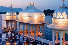 #To be lighted by the glory of love #14 Of The Most Luxuriously Expensive Hotels In India