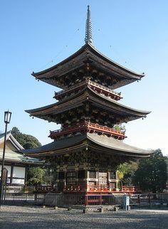 Beautiful Three Storied Pagoda, Narita-san Temple, Narita, Japan (by Bencito the Traveller)