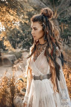 hippie style 578571883369203497 - Vishnu – God Stil – Boho inspo – Source by Boho Gypsy, Bohemian Mode, Hippie Boho, Hippie Style Hair, White Bohemian, Bohemian Fall, Hippy Style, Modern Bohemian, Bohemian Decor