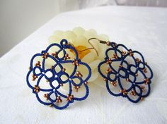Blue+lace+earrings++tatted+beaded+earrings+with+by+Ilfilochiaro