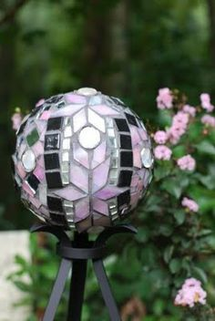 This is my second mosaic bowling ball. I have named it the Art Deco Piece because of the colors, pink, gray, black and sliver. Bowling Ball Crafts, Mosaic Bowling Ball, Bowling Ball Art, Mosaic Crafts, Mosaic Projects, Tile Crafts, Concrete Crafts, Mosaic Ideas, Garden Spheres