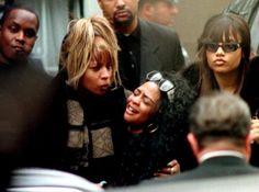 lil kim at biggies funeral.