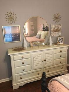 Transform a little girl's room to a teenager's dream room! Update a plain dresser by removing the matching mirror and replacing with a more interesting and modern one. Replace (or spray paint! Add fun artwork to complete the look. Teen Dresser, Dressers, Bedroom Decor For Teen Girls, Home Bedroom, Bedroom Ideas, Dream Rooms, Girl Room, Interior Design Living Room, Modern