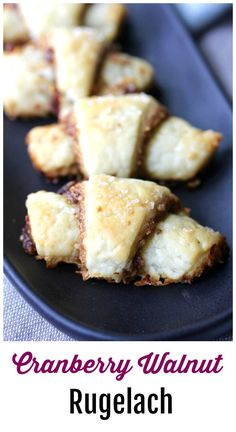 Rugelach with cranberries and walnuts Quick Bread Recipes, Great Recipes, Cookie Recipes, Favorite Recipes, Interesting Recipes, Amazing Recipes, Simple Muffin Recipe, Baked Doughnuts, Cookies
