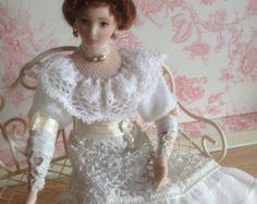 1:12 scale miniature clothes Dollhouse by PilarCalleMiniatures