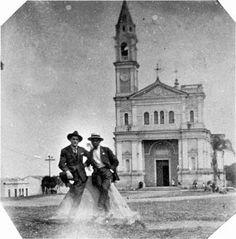 Igreja de Nossa Senhora do Ó no bairro da Freguesia do Ó Ano: década de 1920