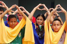 Gloria al Bravo Pueblo, niños de San Cristóbal.Táchira.