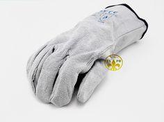 $25.09 (Buy here: https://alitems.com/g/1e8d114494ebda23ff8b16525dc3e8/?i=5&ulp=https%3A%2F%2Fwww.aliexpress.com%2Fitem%2F2016-new-welding-glovesAP21-Leather-Work-Gloves-White-Leather-exscinding-stab-mechanic-gloves-EC-certification%2F32627997899.html ) 2016 new welding glovesAP21 Leather Work Gloves White Leather exscinding stab mechanic gloves EC certification for just $25.09