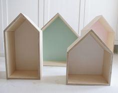 Półka z domków
