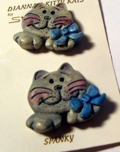 SET CAT Buttons ~ Dianna's Kitty Kats ~ SPANKY ~ Realistic Cat Smiling w Bow in Collectibles | eBay