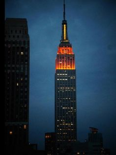 Empire State Building desde el New Yorker Hotel#Pin By:Pinterest++ for iPad#