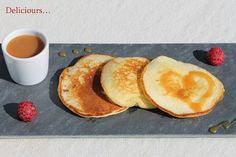 Deliciours...: Pancakes du petit déjeuner, au caramel au beurre s... Pancakes, Breakfast, Food, Recipe, Morning Breakfast, Goodies, Morning Coffee, Pancake, Meals