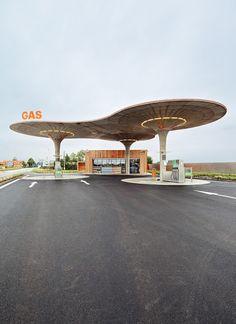 Pausa Gas Station - Atelier SAD