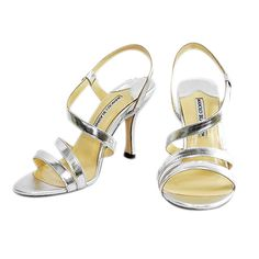 Manolo Blahnik Strappy Sandal silver is chic by the leopard print arounding,with crossing straps,which will give you a specail and fresh feeling.
