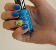 My minion ring finger nails. #Kennaruth
