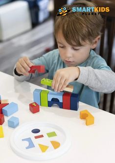The Cat Paws Love Stacking Blocks set is a fine way for children to begin stacking blocks in a way which ensures that all their creative building needs are satisfied from day one. #educationaltoys #learningthroughplay #playbasedlearning #babytoys #mainananak #mainanbayi #toys #toy #baby #edutoys