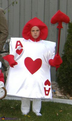 The Ace of Hearts. Alice in Wonderland - Homemade costumes for families