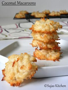Chewy Coconut Macaroons with only six ingredients