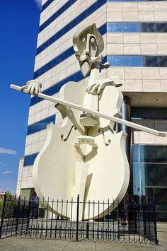 David Adickes sculpture, Lyric Centre - Houston, Texas
