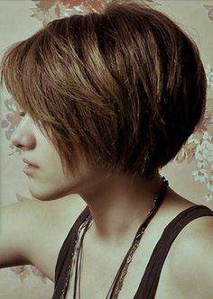 15 Hottest Bob Haircuts - 2014 Short Hair for Women and Girls - PoPular Haircuts Short Bob Thick Hair, Girl Short Hair, Short Hair Cuts, Short Bobs, Straight Hair, Short Shag, Long Pixie, Pixie Bob, Girls Short Haircuts