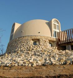 314 Sq. Ft. Styrofoam Dome Homes  See more at: http://www.goodshomedesign.com/314-sq-ft-styrofoam-dome-homes/