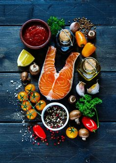 Bodybuilding Meal Plan - How To Gain Bigger Muscle By Eating Right Seafood Shop, Steak And Seafood, Seafood Restaurant, Restaurant Design, Bodybuilding Meal Plan, Bodybuilding Recipes, Cafe Food, Food Menu, Sushi Ingredients