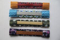 Needle Garage Kaepseles Crochet Monster Needleplay Source by Knitting Blogs, Knitting Socks, Knitting Needles, Hand Knitting, Yarn Crafts, Fabric Crafts, Do It Yourself Garage, Shabby Chic Paint Colours, Crochet Monsters