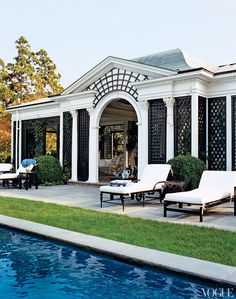 Love the covered back patio and pool area- Tory Burch's Hamptons House love treillage over arch Outdoor Rooms, Outdoor Living, Outdoor Lounge, South Hampton, Hampton Pool, Cool Pools, Bungalows, Pool Houses, Coastal Living