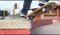 Videos Skatecidade -documentário sobre a historia do skate paraibano - Documentário realizado por Cassiano Axé sobre a história do skate na Paraíba Desde da pista podre ao half pipe do Espaço a destruição e evolução do skate no estado