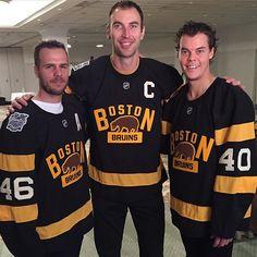 David Krejci, Zdeno Chara & Tuukka Rask right before unveiling their #WinterClassic jerseys! #BackOutdoors #NHLBruins