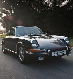 Close-Up: Steve McQueen's 1970 Porsche  Can you say LUST?