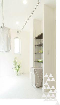 家事楽動線&適材適所収納 Laundry Room, Divider, Floor Plans, Flooring, How To Plan, House, Furniture, Home Decor, Decoration Home