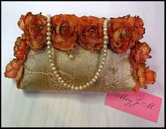 Gorgeous hand decorated handbag. Perfect for that special occasion.
