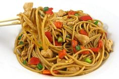 Skinny Thai Chicken and Peanut Noodles