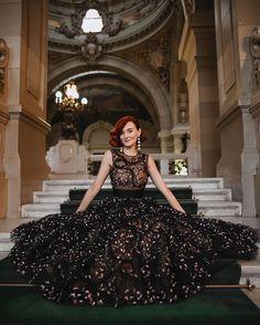 Ball Gowns, Celebrity Style, Feminine, Formal Dresses, Celebrities, Black, Instagram, Fashion, Green